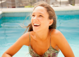 经期游泳易引起月经不调 经期游泳易感染妇科病