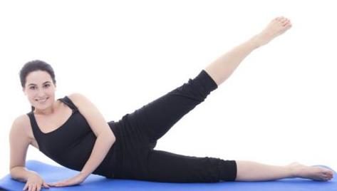 为上班族介绍9组减肥瑜伽