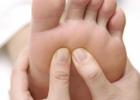 老人脚底疼痛的常见症状 老人脚底痛的原因