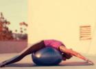 孕妇怎么使用瑜伽球 孕妇使用瑜伽球的好处