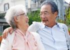 什么样的原因引发老年人口臭