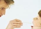 鱼刺卡在喉的危害 教你如何解决的方法