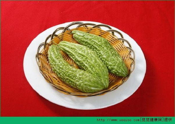 苦瓜和西红柿能一起吃吗?苦瓜和西红柿一起吃会破坏金沙国际娱乐网址吗?(2)