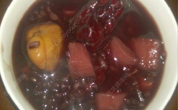 山药与黑米鞥一起吃吗?山药与黑米同食好吗?(1)