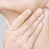 咽喉白色异物怎么处理