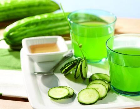 榨苦瓜汁喝真的营养高?