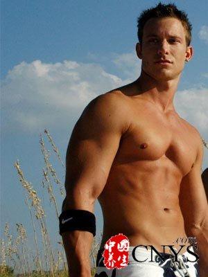 排骨男变身肌肉男的妙招
