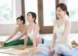 如何利用瑜伽减肥 一次性消灭腰腿臀肥肉